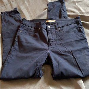Levi's 311 Shaping Skinny Jean